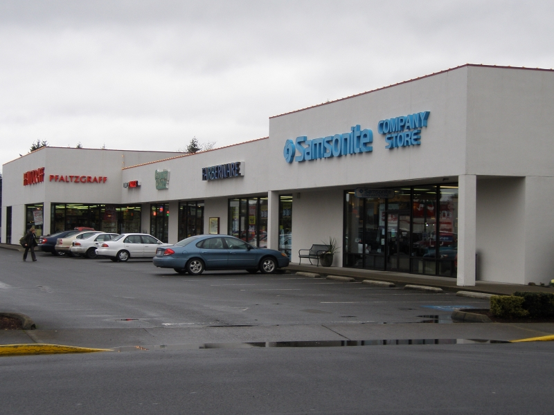 Shop Centralia Factory Outlets for the best prices on your favorite brand name items. Located on I-5 in Centralia, Washington.