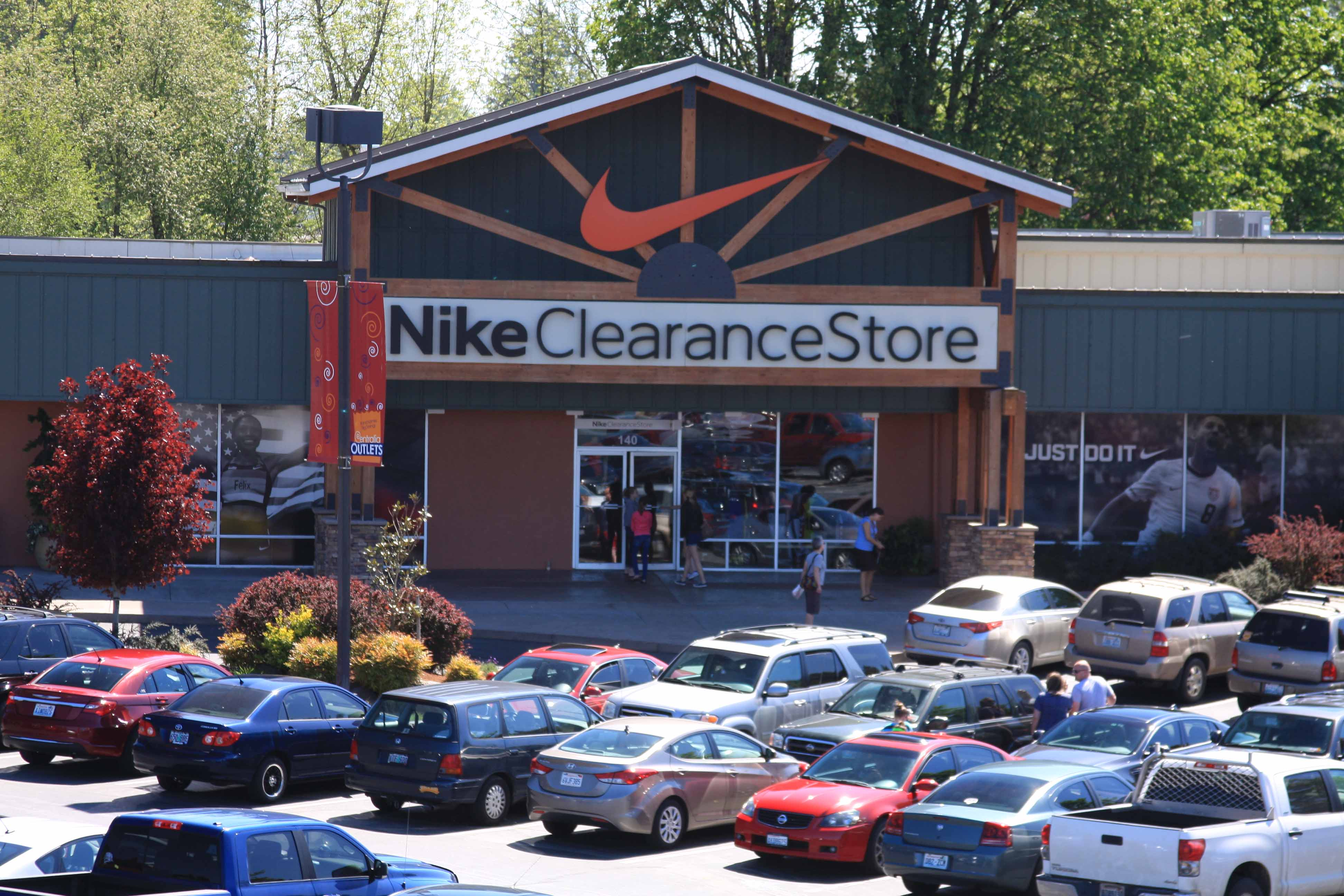 Find 2 listings related to Nike Outlet in Chehalis on circulatordk.cf See reviews, photos, directions, phone numbers and more for Nike Outlet locations in Chehalis, WA. Start your search by .
